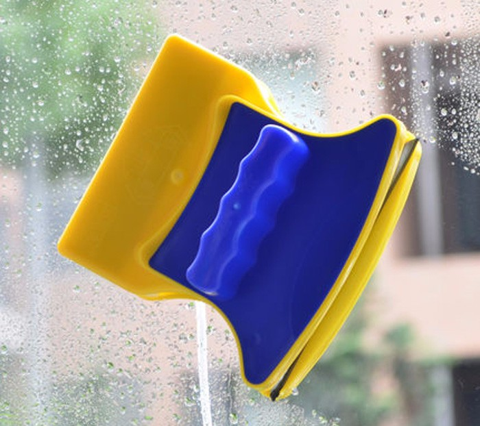 Magnetic Handy Window Dual-Sided Glass Wiper Cleaner Cleaning Brush Pad Scraper Window Cleaning Brushes Household