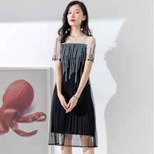 2019 Summer New pattern Fold Light extravagance Fashion Over knee  Gauze Press fold Medium length skirt Temperament Dress