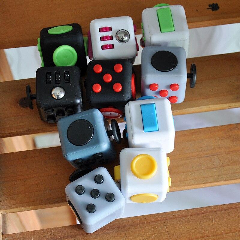 Brinquedo de descompressão dice plástico relaxar cubo ilimitado brinquedo adulto dados