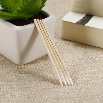 100pcs Cotton Swab Short Wood Handle Cotton Buds Sticks Mini Portable Cotton Swab Buds Multifunction Cosmetic Clean Tool