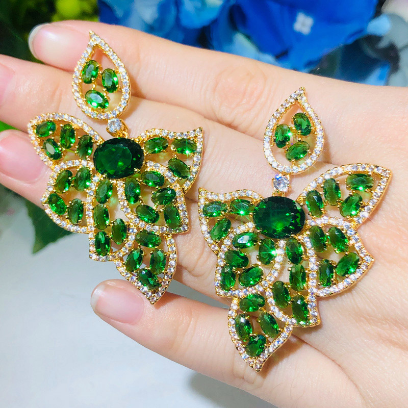CWWZircons Leaf Shape 18K Gold Green Emerald Topaz CZ Crystal Big Drop Earrings For Women Party Engagement Jewelry Gifts CZ666