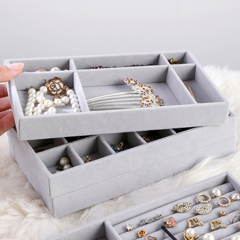 Hot Sales Fashion Portable Velvet Jewelry Ring Jewelry Display Organizer Box Tray Holder Earring Jewelry Storage Case Showcase 1