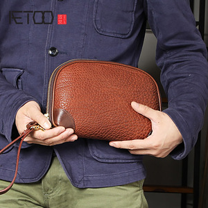AETOO Handmade men's handbags, soft-skin wrist bags, vintage-made old head-layer cowleather large-capacity men's clip bags