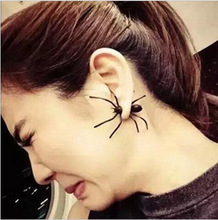 Black Spider Ear Nail Personality Two-sided Around Wear Earrings Puncture Funny Offbeat Halloween Ornaments