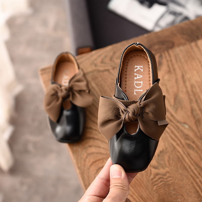 Kid Shoes Children Girls Teenager Leather Shoes Solid Color Girls Casual Single Soft Bottom Princess Shoes With Bowknot  SM008