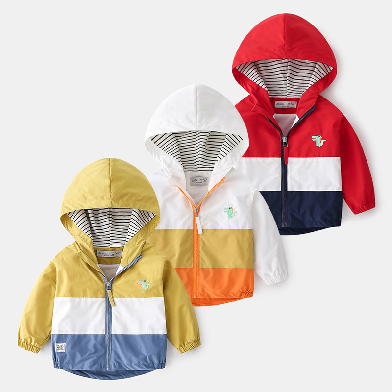 Boys spring color-blocking 2021 new children's Korean cartoon spring jacket hooded casual outerwear 1014 12