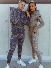 Осенние камуфляжные мужские костюмы из двух частей спортивные