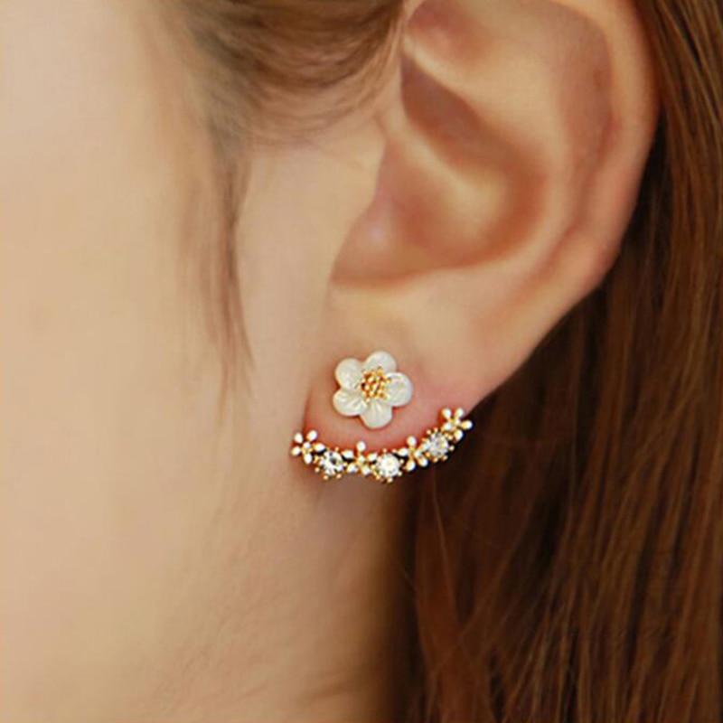 New Cute Small Daisy Flowers Stud Earrings For Women Korean Sweet crystal Flower Earring