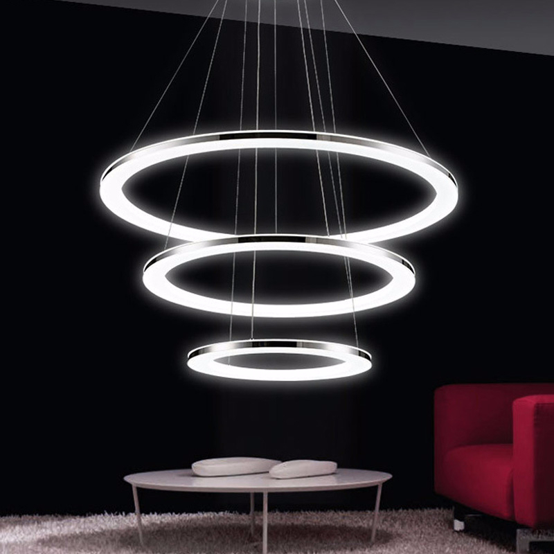 Işıklar ve Aydınlatma'ten Kolye ışıkları'de Uzaktan Modern kolye ışıkları fikstür için LED ile 3 yüzükler akrilik abajur yemek oturma odası kısılabilir 15 35 metre title=