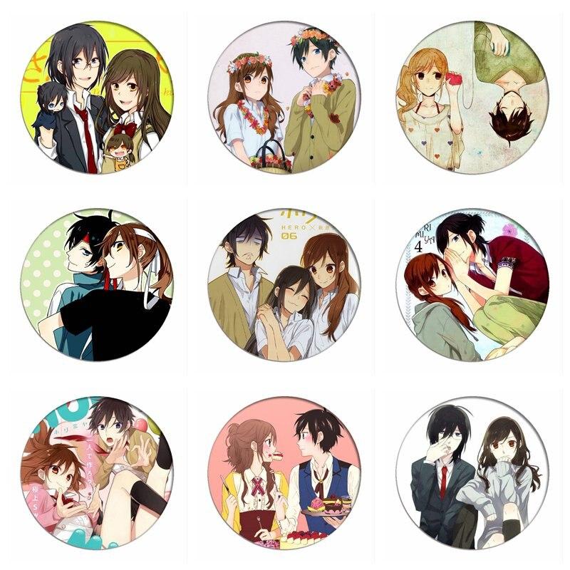 Horimiya Cosplay Badges Hori Kyouko Brooch Icon Miyamura Izumi Collection Bags Ryougi Shiki Breastpin For Backpacks Clothing