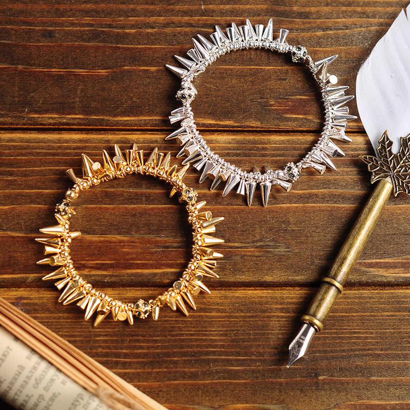 Винтаж подвеска в стиле панк браслеты с заклепками для женщин Горячая Распродажа дизайн модные украшения текстура сплава золото и звезда серебряного цвета браслет