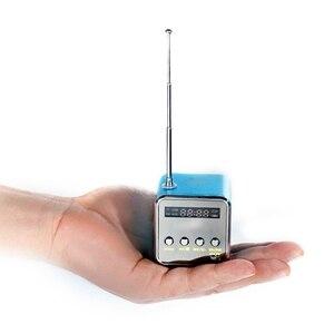 Image 2 - MOOL المحمولة TD V26 الرقمية FM سماعات راديو صغيرة تعمل لاسلكيًا مع LCD ستيريو مكبر الصوت دعم بطاقة TF صغيرة