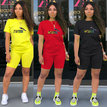 2020 Brand New Short Pants 2 Piece Set Women Suit Letter Print Short Sleeve O-neck Tee Top Sport Tracksuit Outfit Matching Sets trendy style scoop neck letter print short sleeves tee for women