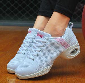Image 2 - Baskets aérées en maille pour femmes, chaussures de Sport plates, à la mode, danse du printemps 2020, décontracté