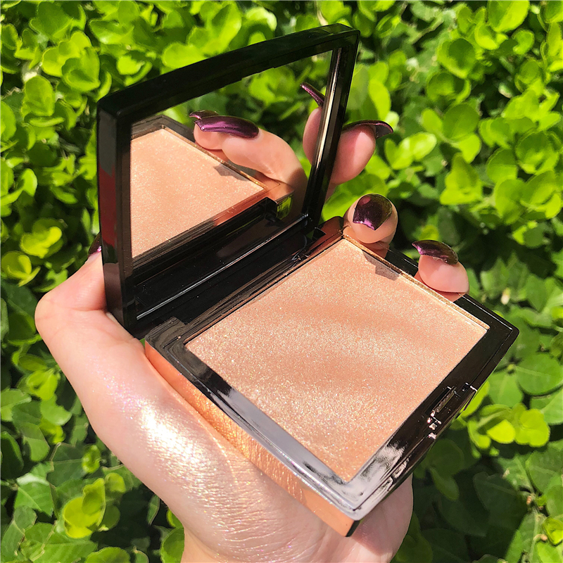 GUICAMI  New Highlighter Makeup Shimmer Powder Highlighter Palette Base Illuminator Highlight Face Contour Golden Bronzer