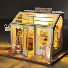 Assemble DIY Dollhouse Wooden Miniature Doll Houses Parent Child Interactive Toys Girl Gift Wooden House Kit Mini Dollhouse Toys