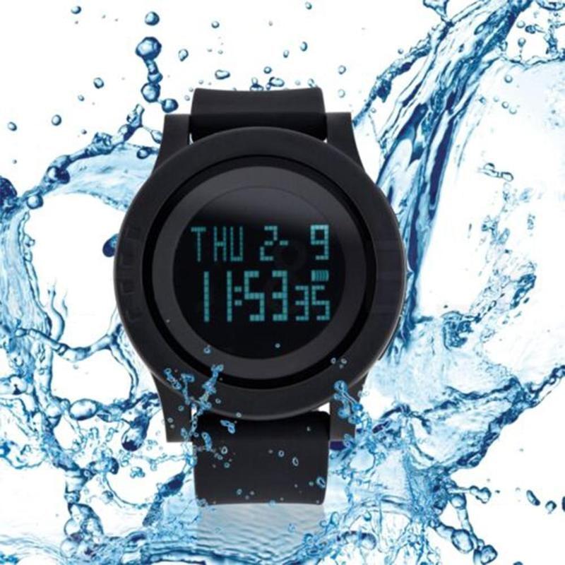 Outdoor Sports Electronic Watch Waterproof Student Watch Couple Watch Fashion Men's Waterproof Sports Quartz Watch