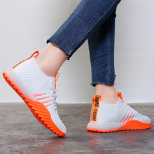 2020 プラットフォーム靴下女性黒オレンジ緑白スニーカー分厚い靴トレーナーカジュアルメッシュテニスfeminino FM A22