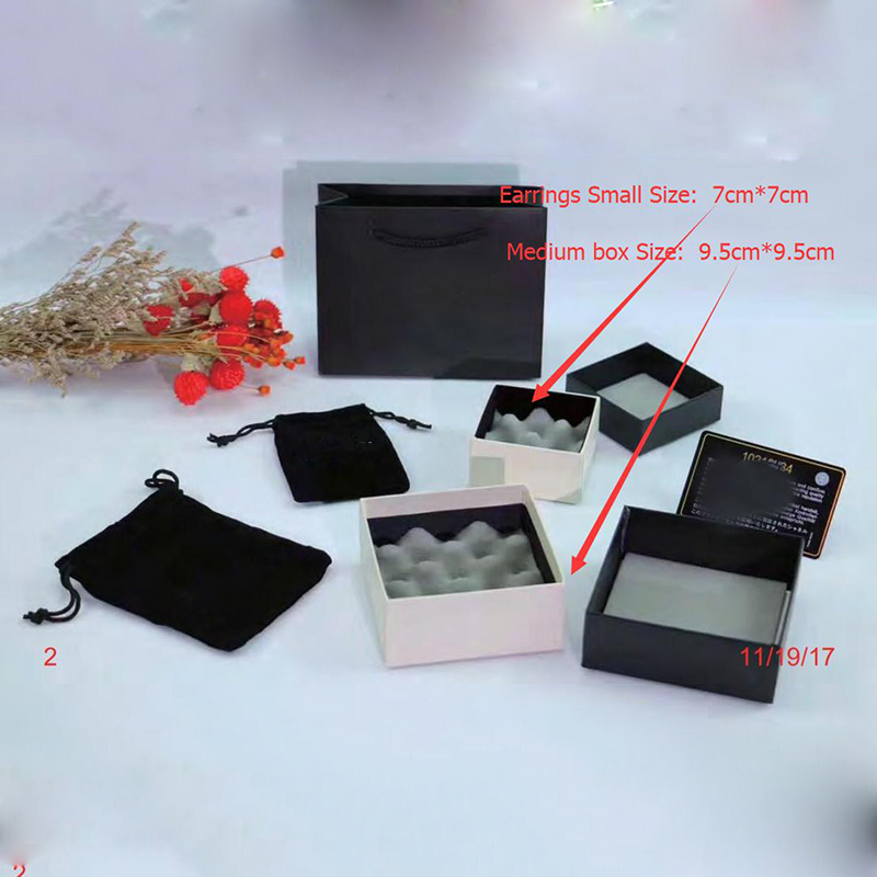10 Sets/lot Fashion Brand Jewelry Package Set For Earrings Necklace Paper Black Hand Bags Gift Box Display