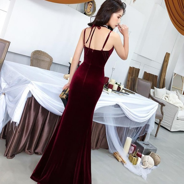 Female 2020 Fashion Sexy Aura Sling Queen Temperament Red   V-neck Office Lady  Polyester  Sleeveless 3