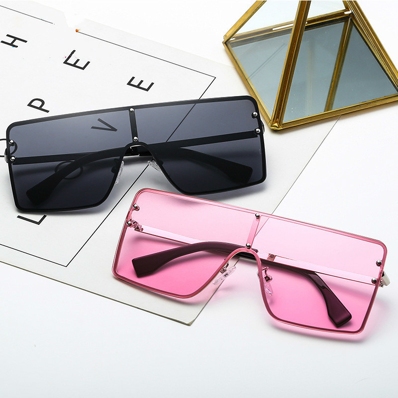 Fashion Street Ladies Summer Square Sunglasses Women Men One Lens Oversized Sun Glasses Vintage UV400 Metal Frame Sunglass