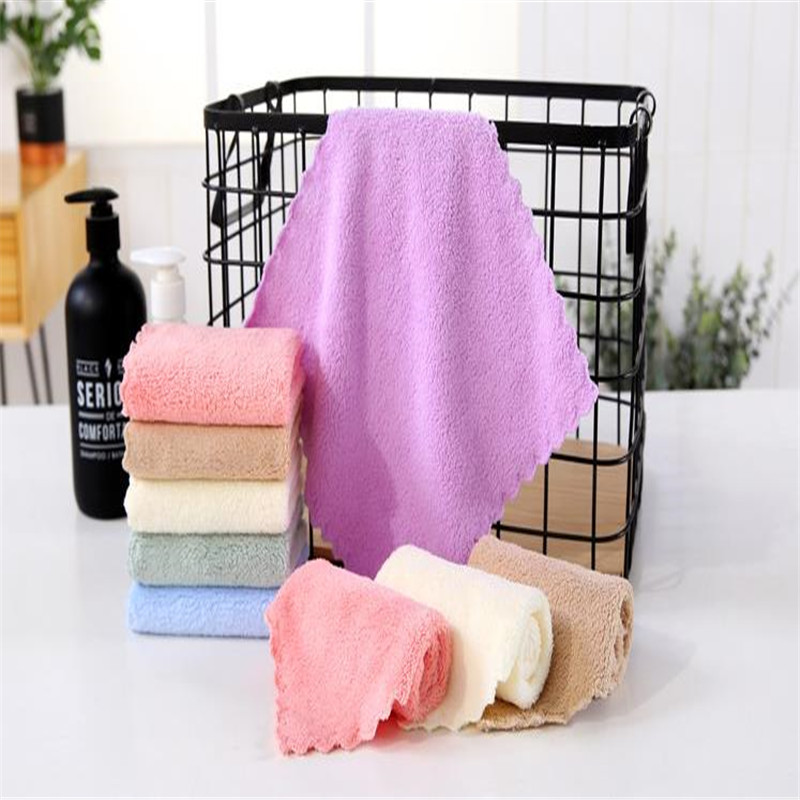 Coral Fleece Small Squares 25 * 25 Bibulous Wipes Wiped Her Face Towels Superfine Fiber Density Of Kindergarten Children 2525