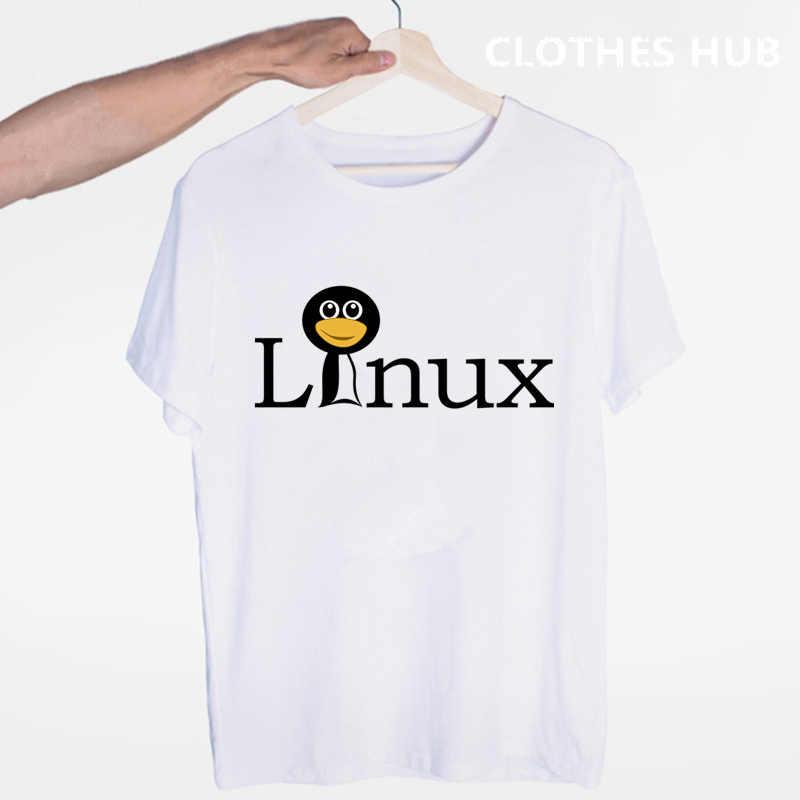 Le pingouin LINUX dans un ordinateur T-shirt col rond manches courtes été décontracté mode unisexe hommes et femmes T-shirt