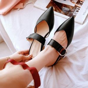 Image 4 - Sianie Tianie 2020 קיץ כיכר נמוך עקבים מחודדת הבוהן צהוב אבזם אישה חיצוני נעלי גבירותיי נעלי נשים פרדות גודל 46 48