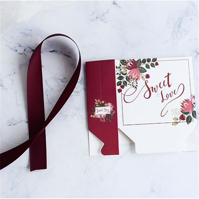 2 Sizes Garden Sweet Love Print Candy Bag Box Wedding Favors Gift Boxes With Ribbon Paper Bags For Gifts Party Supplies in Gift Bags Wrapping Supplies from Home Garden