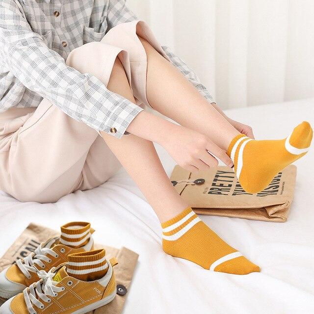 5 أزواج الجوارب النسائية الربيع و الصيف قصيرة القطن الكورية نمط كلية نمط المرأة الجوارب الرياضية كشك العرض