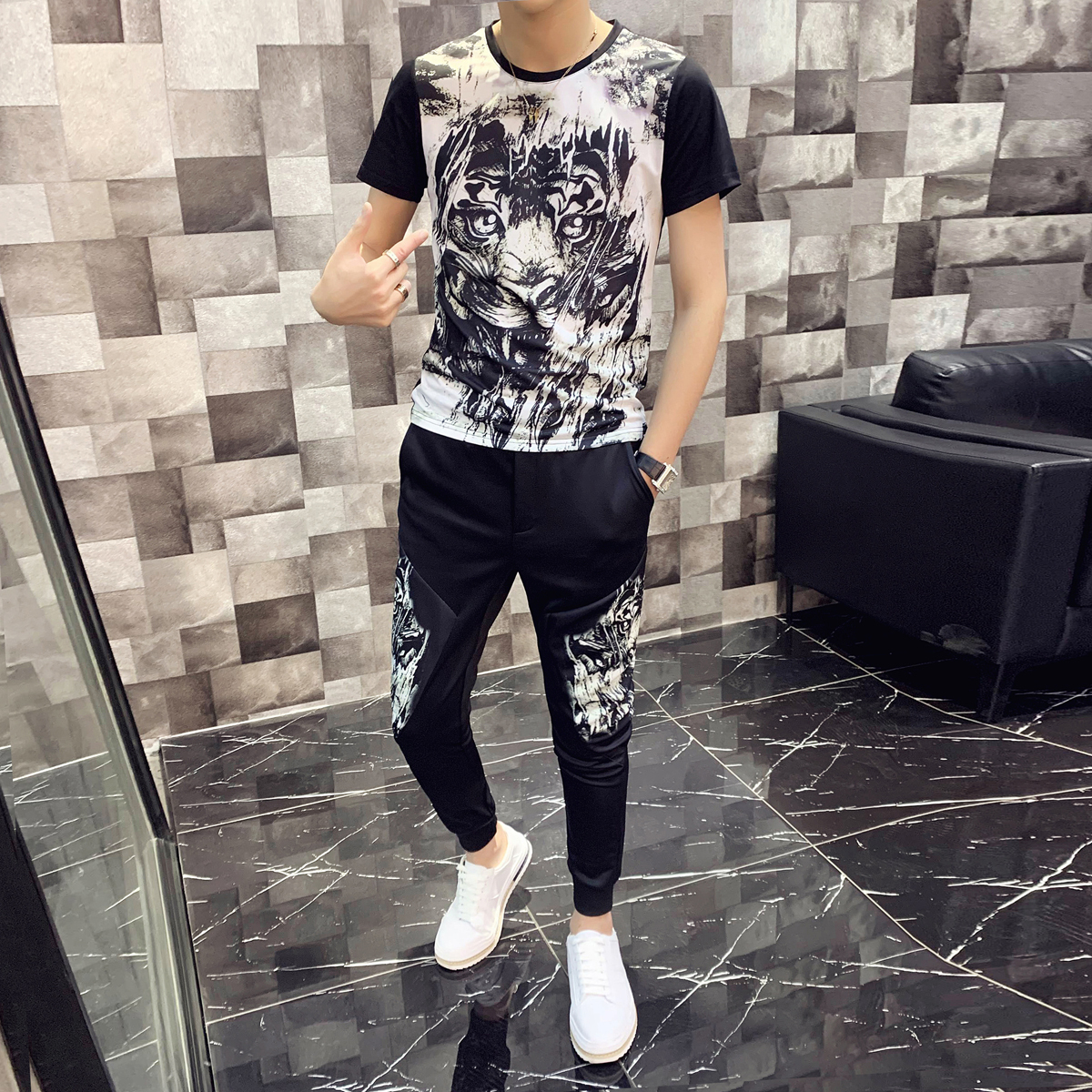 Spring High Quality Tracksuit Top And Pants Men Animal Print Short Sleeve T Shirt Two Piece Set Men Slim Fit Outfits Men Set
