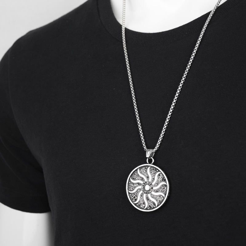 Купить с кэшбэком Lucky Female Sun Crystal Pendants Necklace Hip Hop Stainless Steel Sun Disc Chain Necklaces Shiny Choker Fashion Jewelry Gifts