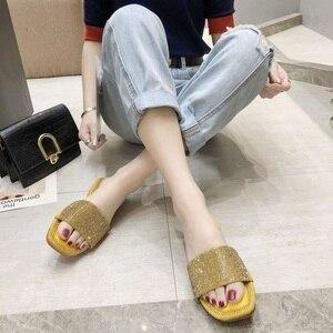 Image 4 - SHOFORT Frauen Schuhe Mode Kühlen Hausschuhe Sommer Outdoor Schuhe Casual Hausschuhe Nicht slip Boden Hausschuhe Strass Bling