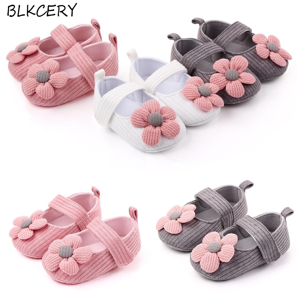 Fashion Baby Girls Crib Shoes Newborn First Steps Toddler Flowers Knitted Loafers Infant Tenis for 1 Year Old Footwear Doll Shoe
