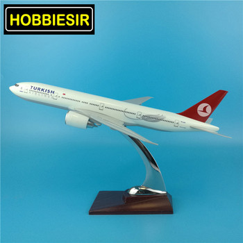 1:200 Scale Boeing B777 32CM Turkish Simulation Aircraft model Turkey airline alloy aircraft toy W base Plastic planecollectible