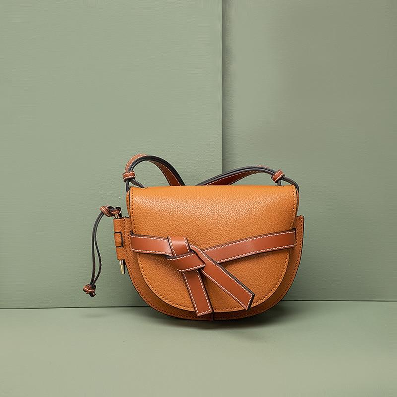 Сумки на плечи 2020 новая женская сумка-почтальон, сумка новые летние High-end чувство текстуры мешка бантом седельная сумка Мода