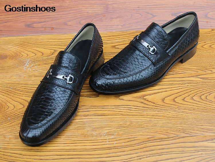 Men Dress Shoes Floral Retro Cattle Leather Custom Sapato Social Derby Shoes Cow Leather Handmade Pointed-toe Python Skin Black