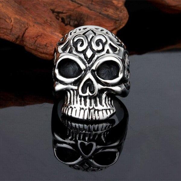 S123-25 --- bague 1PC en acier inoxydable mignon crâne mode bijoux de qualité supérieure plaqué prix usine en gros