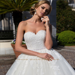 Image 4 - Vestido de princesa 2 en 1, vestidos de boda con media manga con cuentas y perlas en la cintura, vestidos de novia 2 en 1 con apliques blancos