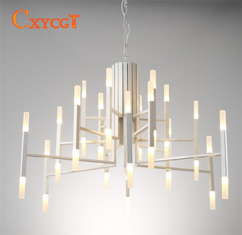 Lámpara de araña moderna de estilo nórdico de lujo con luz acrílica de hierro