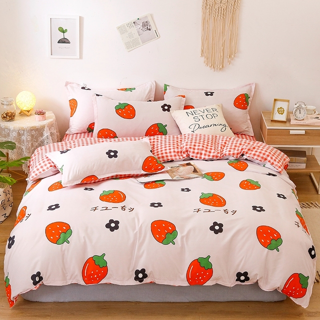Nordic Bedding Set Strawberry Party 18
