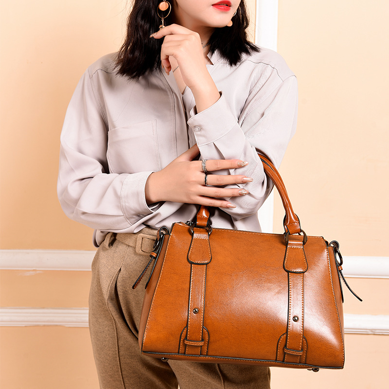 New Style WOMEN'S Leather Bags Large Bag Soft Leather Cross-body WOMEN'S Bag