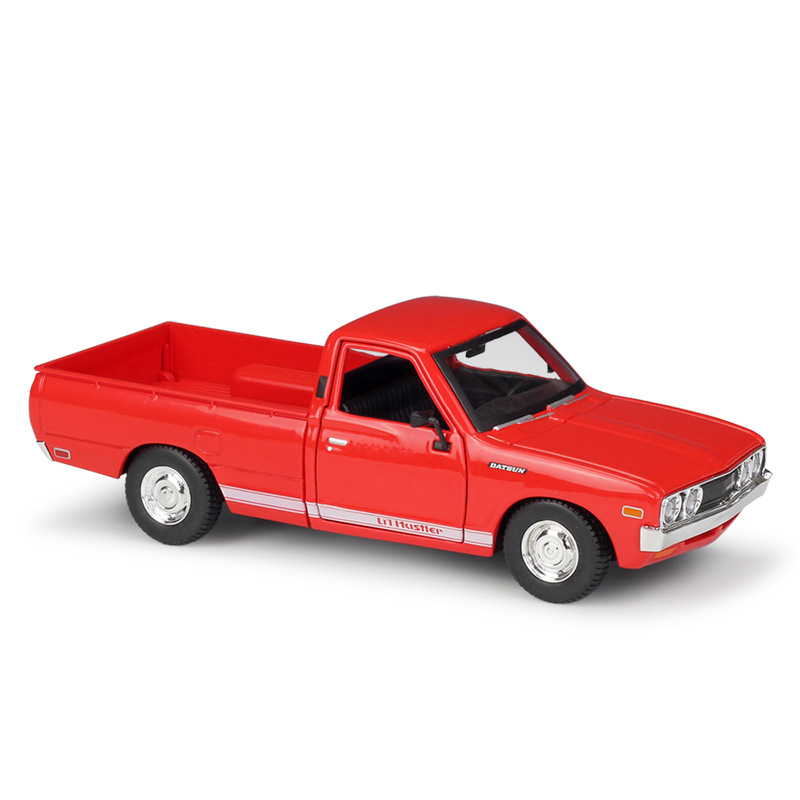 MAISTO 1/24 Scale Car Model Toys 1973 Datsun 620 Pick-Up Truck Diecast Metal Car Model Toy For Gift,Kids,Collection