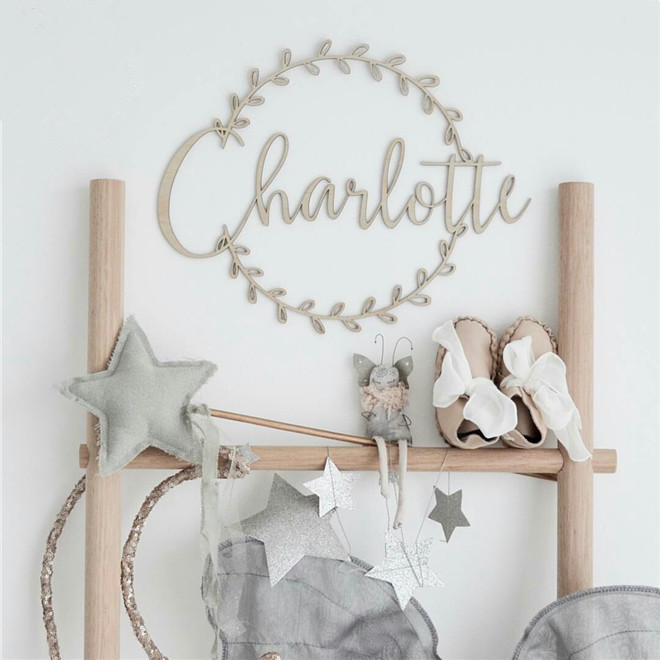 Personalized Wooden Name Sign Custom Wreath Round Hoop Sign Baby Shower Wedding Birthday Party Decoration Kids Room Decor