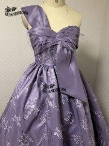 Image 2 - XUANDREAM Real Photo bestidos de Gala vestido debutante curto Ball gown feathers พรหมชุดพิเศษชุด XD157