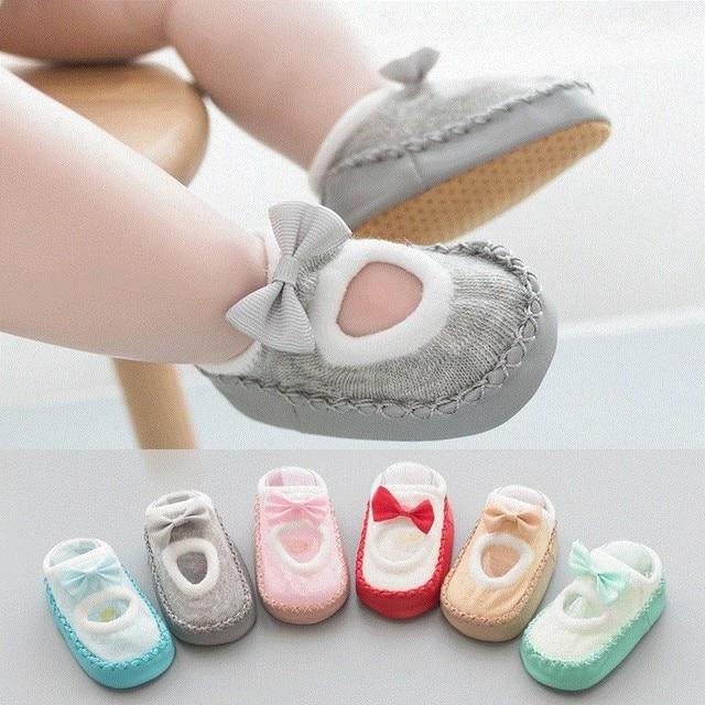 Chaussettes à nœud papillon pour nouveau-né | Avec semelle en caoutchouc, chaussettes de sol antidérapantes en coton, chaussettes à nœud de printemps et dété, cadeaux pour filles