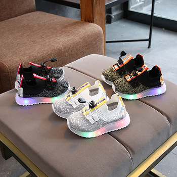 2021 fashion cool kids sneakers leisure casual baby shoes high quality boys girls shoes tennis LED lighted children shoes 2020 hot sales fashion baby casual shoes led lighted sneakers baby classic soft high quality baby girls boys infant tennis
