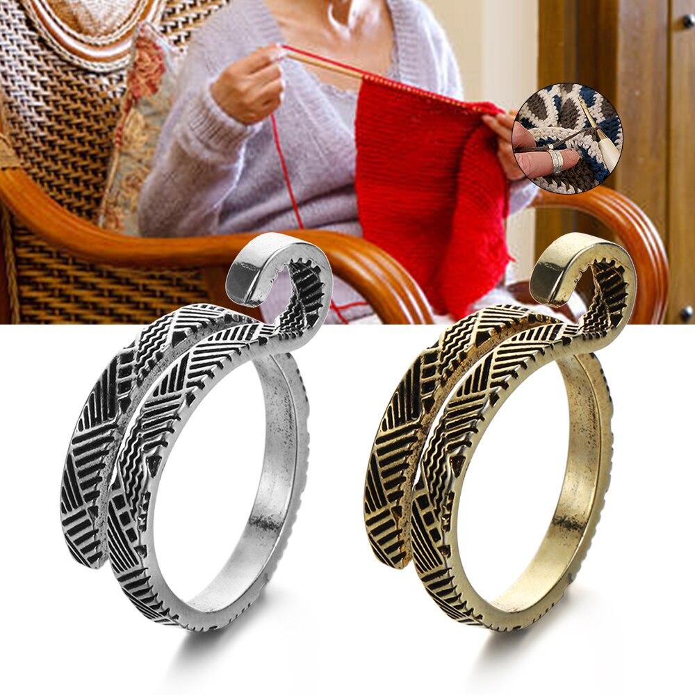 Yarn Guides Knitting Loop Crochet Peacock Shape Sewing Ring Finger Wears~