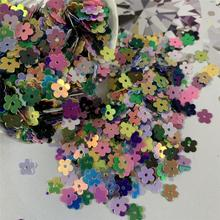 Creative DIY materials dazzle color sequins painting art media dazzle color decoration flowers sequins Christmas tree decoration