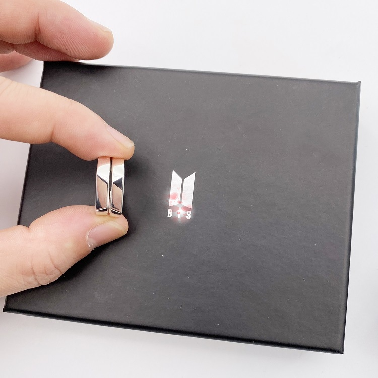 Kpop JUNGKOOK JIMIN SUGA V JHOPE RM JIN Love Yourself Finger Ring Toy FINAL Couple Rings Toy Gift With Box
